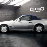 photo d'une Mercedes 300 SL décapotable de 1993 en vente chez Classic 42 Classic German Car Dealer www.classic42.be