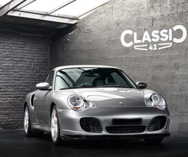 photo d'une Porsche 996 Turbo de 2002 en vente chez Classic 42 Spécialiste Vente Porsche Classique Bruxelles