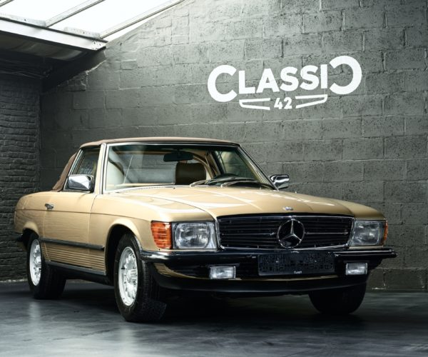 Photo of a 1983 automatic Mercedes 380 SL for sale at Classic 42, the Classic Car Specialist in Belgium