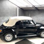Volkwagen Coccinelle 1303 de 1997 noire en occasion chez Classic 42 le spécialiste Classic Cars Belgique