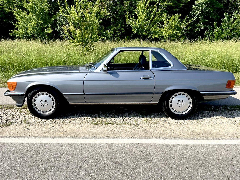 Mercedes 300 SL de 1989 en vente chez Classic 42 le spécialiste Classic Cars en Belgique